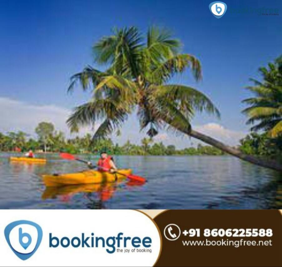 Kayaking in  Alappuzha (Alleppey)